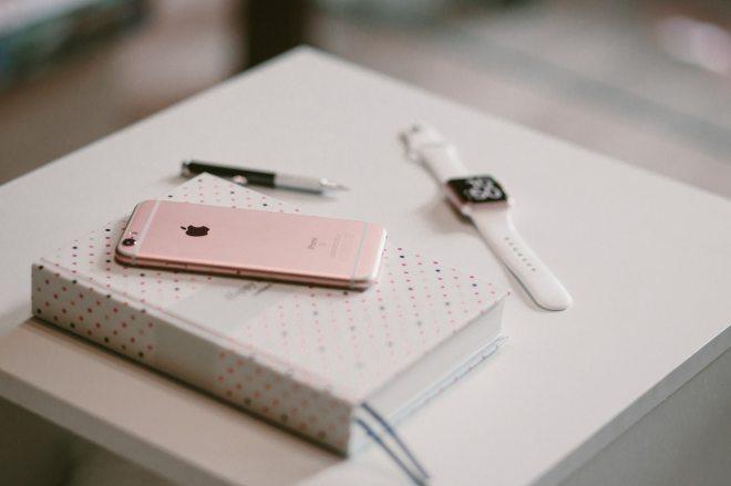 phone_notebook_watch.jpeg