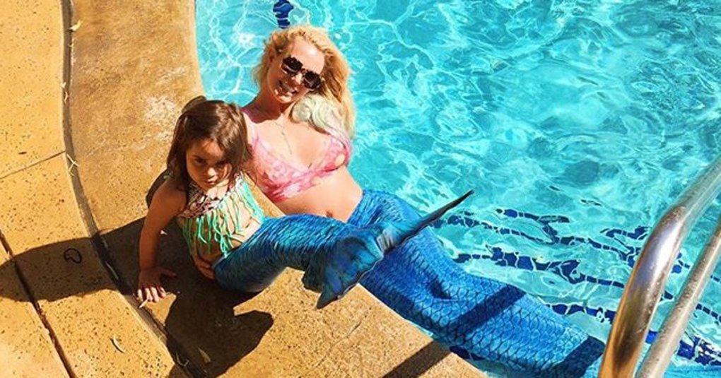 Britney_Spears_mermaid2