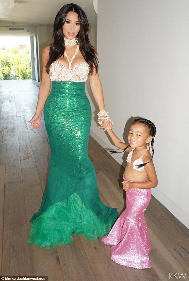 kim_kardashian_mermaid2